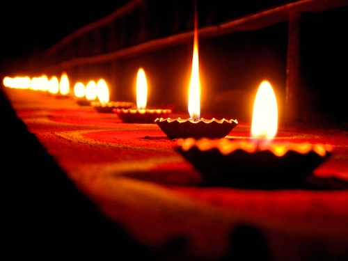 04 2019 Diwali Web 500px.jpg
